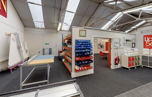 LION Picture Framing Supplies Showroom 06